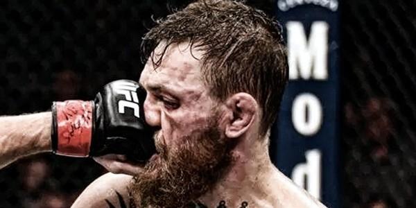 MMA嘴炮第一人完敗!不服被辱 Khabib 賽後襲擊 McGregor 團隊!