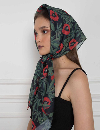 熱帶紅花方巾